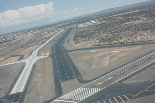 Landing on runway 8R at El Paso